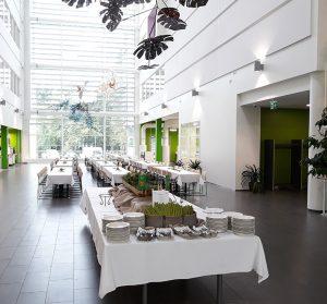 SAMK-kampus Porin Atrium ruokailutilana.