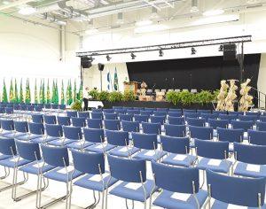 SAMK-kampus Porin Agora-salin seminaarijärjestelyt.