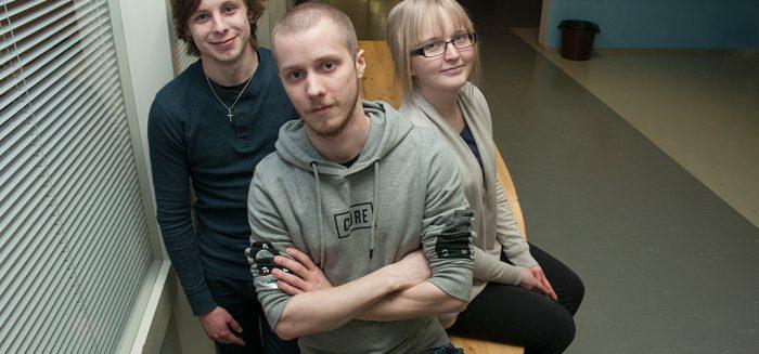 Ville Arola, Ville Nurmi ja Elina Arbelius, ryhmäkuva.