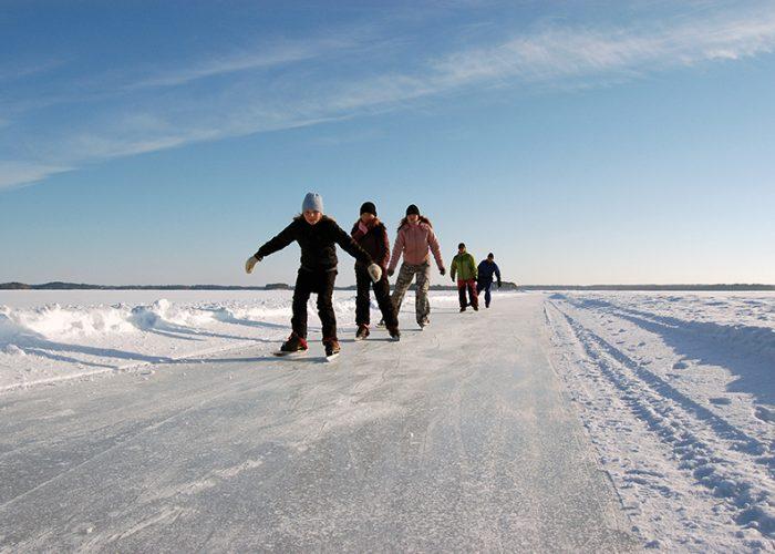 Visit Finland Matkaluistelua