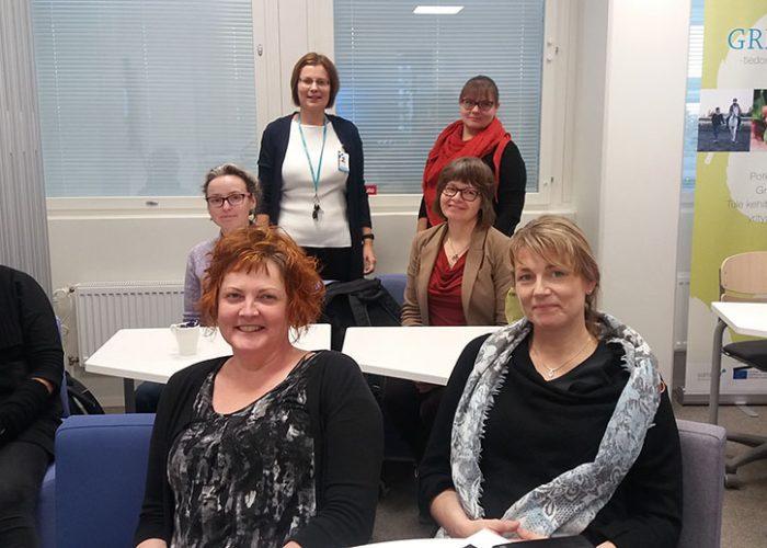 SAMK Maija Esko, Ghita Bodman, Martta Yli-Lauri, Pia Smeds, Elina Vehmasto, Jaana Ruoho ja Minna Uusiniitty-Kivimäki osallistuivat Green Care -tutkijatapaamiseen.