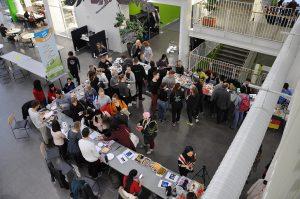 SAMK international students presenting their countries in international cafe.