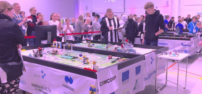 SAMK on ollut mukana mm. järjestämässä legorobottien SM-kilpailuja. Kuvituskuva.