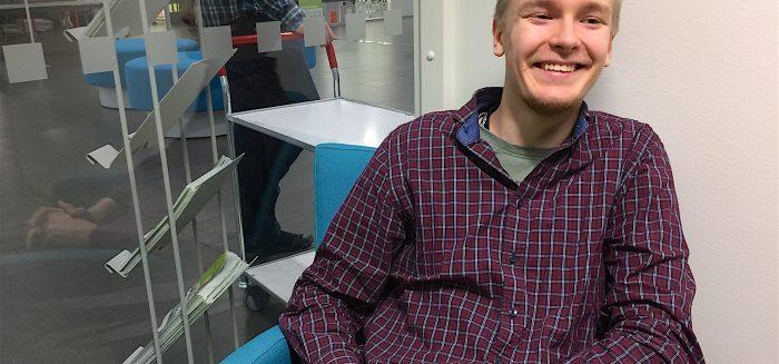 SAMKissa toista vuotta liiketaloutta opiskeleva Niko Teinus on valittu K-ryhmän päivittäistavarakaupan vuoden työntekijäksi.