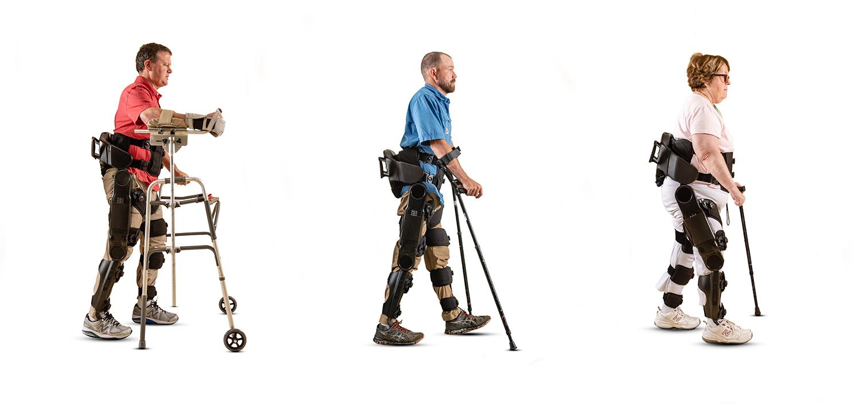 Kävelyä Indego-exoskeleton varusteilla.