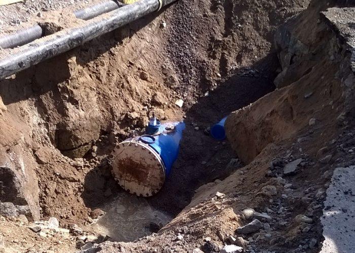 Kuvassa rakenteilla oleva vesilinja. Veden laadun anturointia kehitetään tässä projektissa juuri tällaisiin kohteisiin. SAMK WANDER