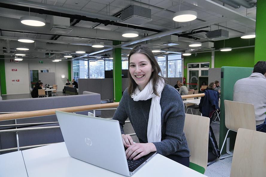 Tourism student Annika Lampert in SAMK's Pori campus library
