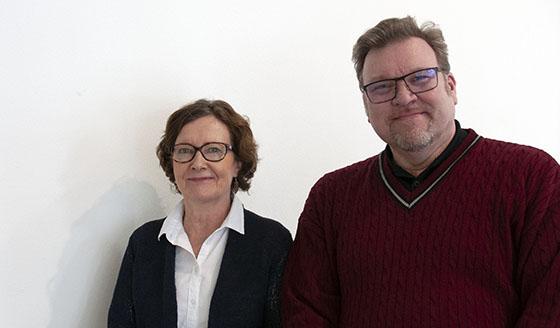 Lehtorit Eila Minkkinen ja Jukka Mäkinen ovat kehittäneet liiketalouden opinnäytetyöprosessia: ohjausta saa enemmän jo aiheen ideointivaiheessa, ja opinnäytetyö kiinnittyy tiiviimmin menetelmäopetukseen. SAMK.