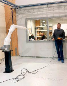 HSL-Robo -hankkeen vierailu Ferob Oy:ssä