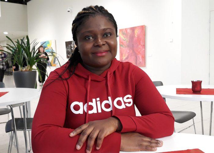 Yvonne Ewane Porin k