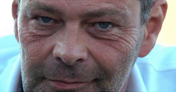 Lähikuva, Roman Schatz.