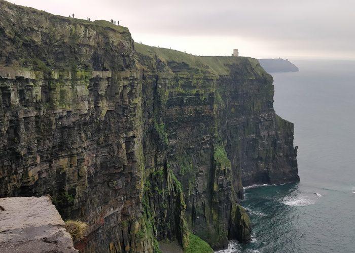 Irlannin jylhiä vuoristomaisemia