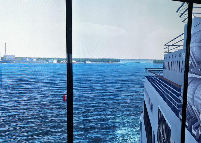 Komentosilta ja merta/Bridge and sea