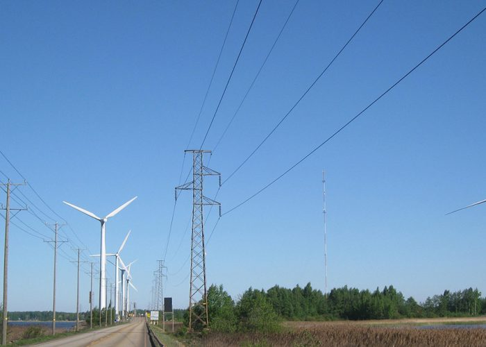 Tuulimyllyjä Reposaaressa