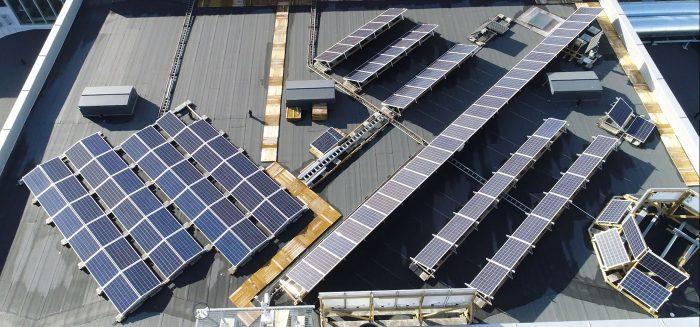 SAMKin aurinkosähköjärjestelmä/SAMK's photovoltaic system